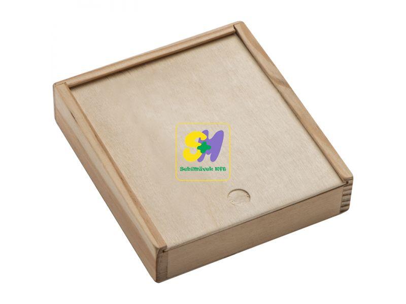 50687 - Kártya- és kockajáték fadobozban